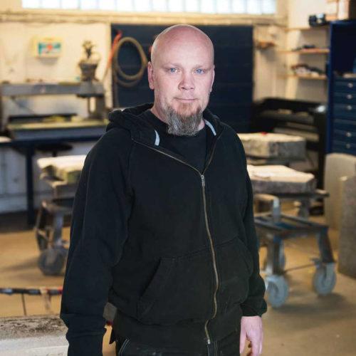 Jens Åge Kilen, Steinhugger Jølstad Gravstein